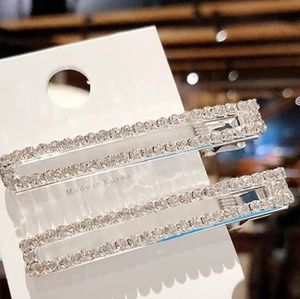 🆕️ Silver Sparkly Diamond Hair Clips 💎